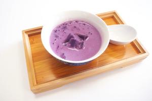 【中式糖水】4步輕鬆完成!零難度中式糖水食譜 紫薯椰汁西米露