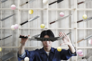 【刀工料理】日本23歲廚刀達人超強刀法!切出世界上最薄三文治/展現精緻刀工料理作品