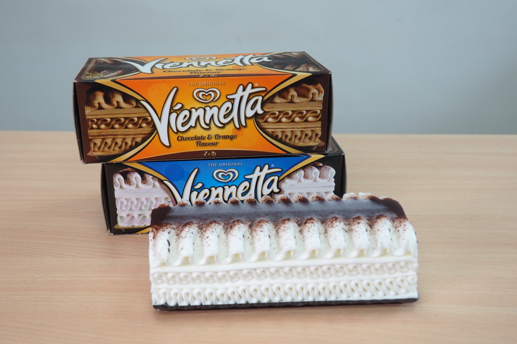 【Viennetta千層雪糕】童年回憶Viennetta千層雪糕登陸香港 超市/便利店都買到! 經典雲呢嗱口味/香橙朱古力味