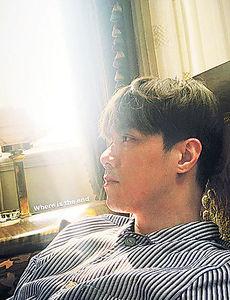 留家抗疫 陳瀅歎Home Spa 軒仔玩發呆 黃依汶陪囝囝潮玩3D動物