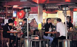 今6pm起 酒吧停業14天 專家批政府防疫只「追落後」