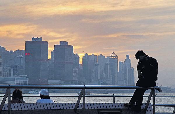 亞洲四小龍中 港今年經濟料最差