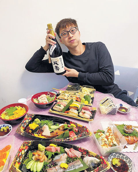 30歲農曆生日勁識歎 吳業坤食魚生識日本妹
