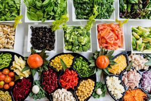 【蔬菜營養】芽菜當沙律吃易食物中毒! 1文睇清14大不可生吃蔬菜名單