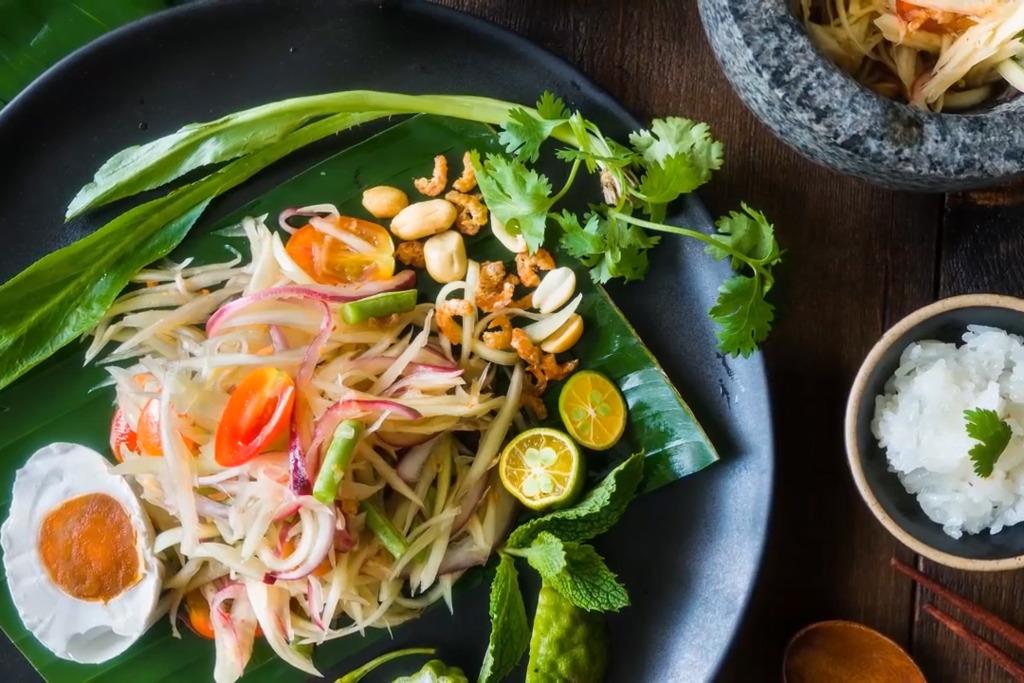 【泰國菜食譜】簡單3步自製經典泰國菜! 酸甜開胃青木瓜沙律