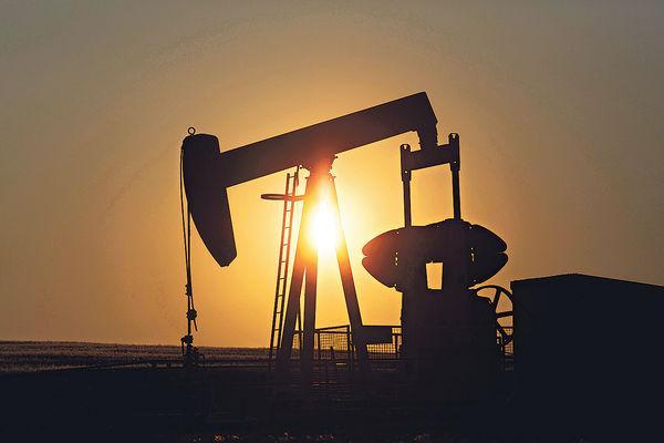 紐約5月期油遭拋售 歷史性跌至負值