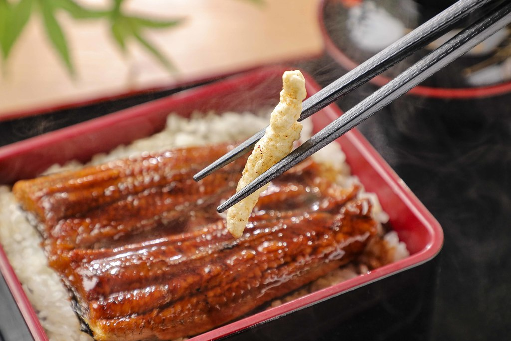 【零食】卡樂B新推出鰻重味米條 日式蒲燒鰻魚醬味米香陣陣