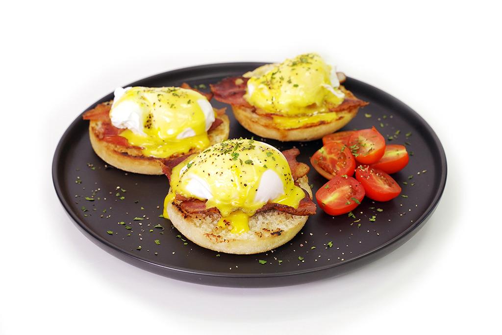 【早餐食譜】內附成功秘訣!4步簡易完成醒晨英式早餐  Egg Benedict 班尼迪克蛋食譜