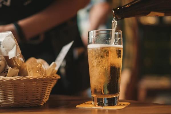 調查結果發現66%受訪者在過去三個月曾經飲酒,當中最常喝的是啤酒,佔飲酒人士的54%,平均每星期飲用1.27罐啤酒。