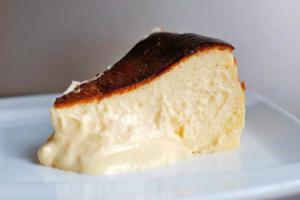 【Basque Cheesecake】泰國巴斯克芝士蛋糕甜品 外層焦香內有軟心芝士忌廉!