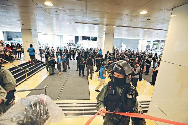 記協促警方 勿阻記者合法採訪
