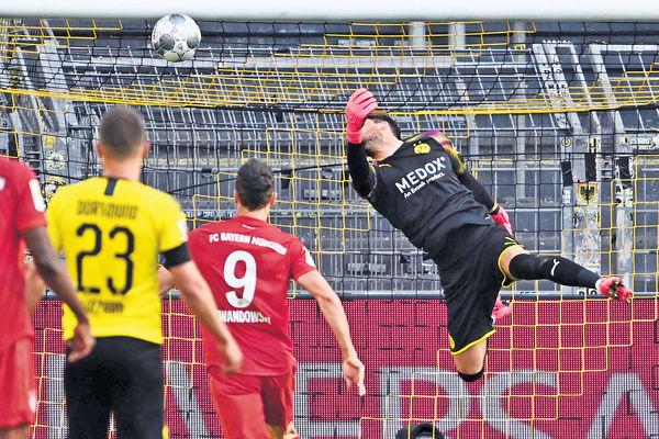 挫多蒙特領先7分 拜仁8連霸在望