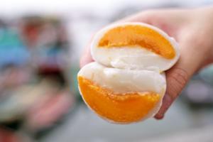 【長洲美食2021】長洲平記招牌芒果糯米糍 足料榴槤/士多啤梨糯米糍
