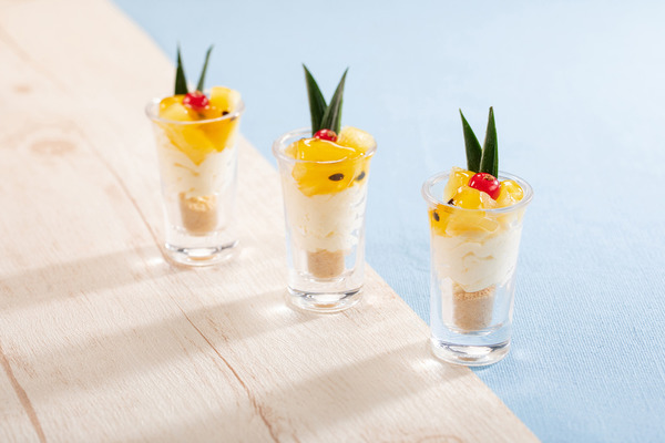 沖繩菠蘿熱情果慕絲杯