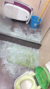 浴室玻璃門突爆裂 孫慧雪嚇餐飽