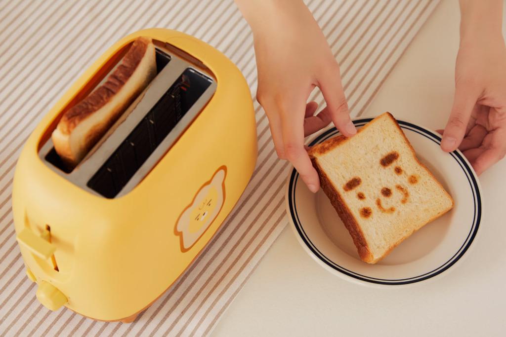 【Ryan精品】韓國Kakao Freinds推出Ryan造型多士爐 超輕鬆烤出Ryan大頭圖案麵包