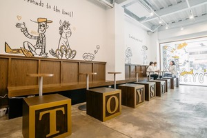 【toy story cafe】多個打卡位!台北Toy Story反斗奇兵限定咖啡店 還原電影Andy睡房/多款周邊供選擇