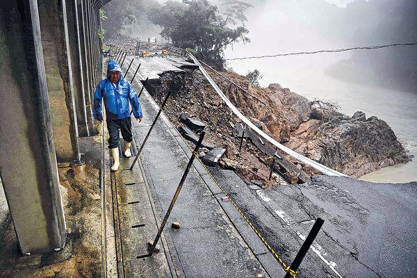 九州暴雨增至55死 140萬災民疏散
