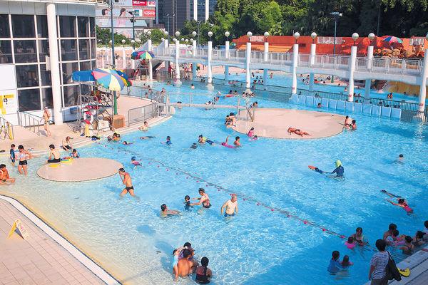 申訴署促設更多公眾授泳區 康文署分配泳綫被批不公