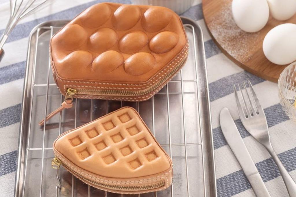 【皮革課程】本地品牌創出港式小食可愛皮革系列  雞蛋仔錢包/格仔餅斜揹袋