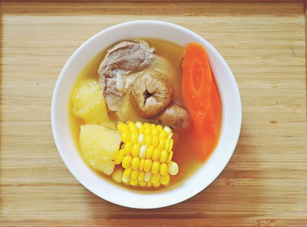 大暑湯水︰無花果薯仔粟米湯