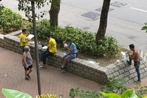 【新冠肺炎】首日禁堂食!不忍巿民街頭用膳 教會商店開放吃飯場地顯温情