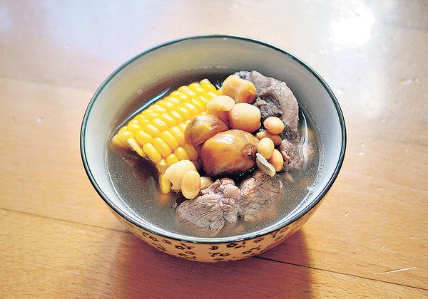 抗疫保健湯︰粟米栗子蓮子湯