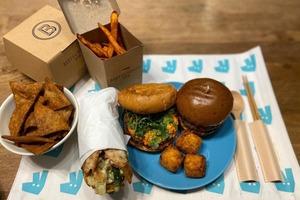 【外賣優惠碼8月】2020年8月外賣平台優惠碼一覽 Uber Eats指定餐廳免運費/Foodpanda mall折扣/Deliveroo信用卡優惠