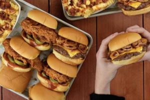 Shake Shack推出期間限定BBQ系列 秘製BBQ醬香脆雞胸肉漢堡/芝士牛肉漢堡/扭紋薯條