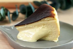 【巴斯克芝士蛋糕 香港】人氣網店手作巴斯克芝士蛋糕  流心芝士餡/宇治抹茶味Basque Cheesecake
