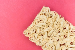 【即食麵添加劑】第一位高達20種添加劑!盤點14款即食麵添加劑數量排行榜