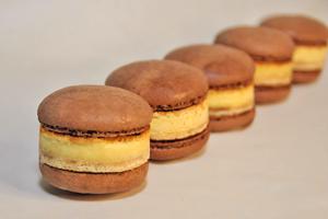 【大阪美食2021】日本大阪梅田芝士實驗室Cheesecake甜品 朱古力芝士蛋糕夾心Macarons新登場!