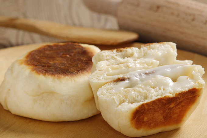 【麵包食譜】零難度完成平底鑊煎麵包!免焗爐版軟心芝士包食譜