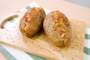【焗薯 食譜】3步新手簡易滋味西式小食  芝士煙肉焗薯食譜