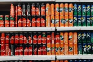 【消委會報告】 飲一罐已達每日建議攝取量一半!20款高糖汽水、乳酸、運動飲品排行榜