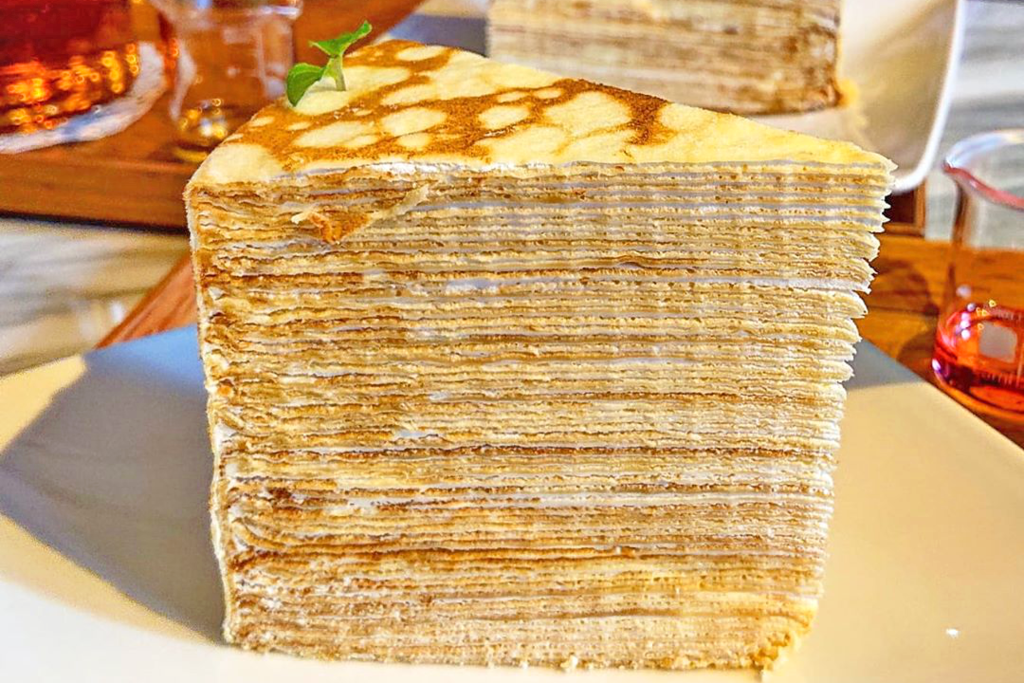 【台灣美食2020/台南Cafe】台灣超浮誇激厚千層蛋糕 52層楓糖千層蛋糕重量級份量!