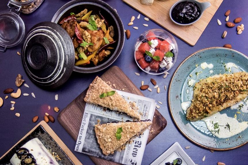 諾富特東薈城酒店推出藍莓主題自助下午茶  $168起任食逾50款美食/藍莓意大利黑醋醬烤豬肋/Mövenpick雪糕