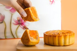 【減肥方法】中秋節食太多月餅怕會變肥? 營養師教你4招吃月餅更健康不怕胖/做簡單運動消耗月餅卡路里