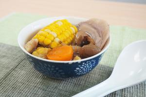 【秋天湯水】健脾益胃+明目安神  螺片鮑魚菇栗子湯水食譜
