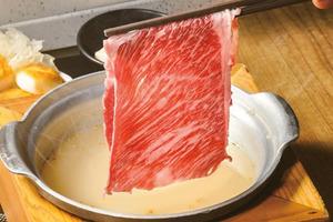 【火鍋放題】打邊爐投訴牛肉薄 客人要求換過碟 高EQ店員換厚切牛仍被炮轟
