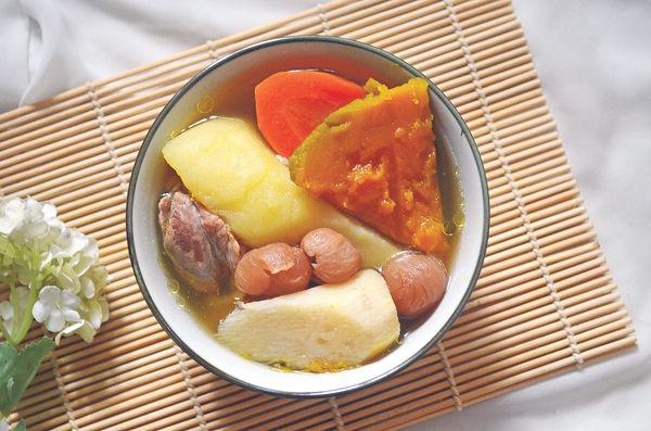 預防皮膚敏感:南瓜紅蘿蔔淮山豬𦟌湯