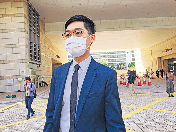 陳浩天涉去年7.13襲警 警長︰遭人從後拍打頭盔