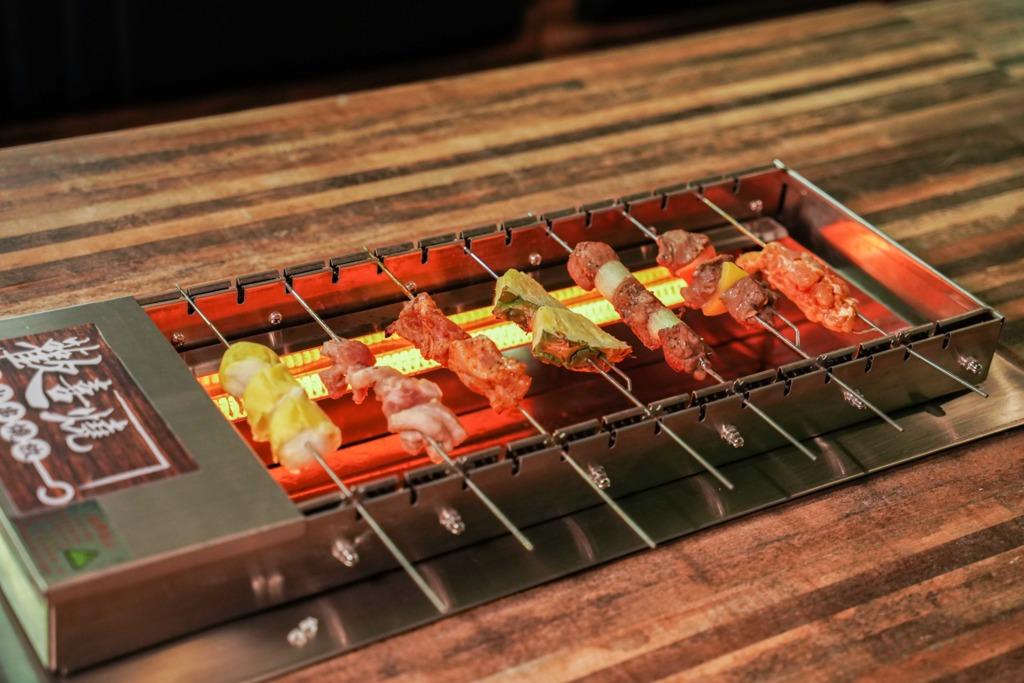【放題優惠2020 11月】觀塘$148懶人自轉串燒放題 2小時任食30款串燒+和牛漢堡/9折生日優惠!