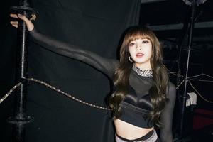 【減肚腩】Blackpink Lisa 電視節目公開簡單瘦腰4秘訣! 韓國女團成員分享不節食練成20寸黃蜂腰秘密