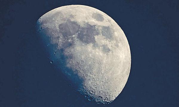 NASA首發現 月球陽光照射面有水份