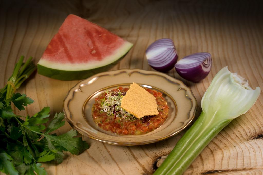 【中環素食】中環新開素食餐廳主打生機飲食 牛油果壽司/純素芝士蛋糕
