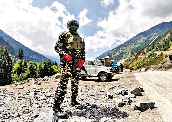 中印軍長級會談 確保前綫部隊克制