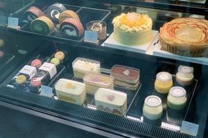 【九龍塘美食】燕窩主題法式甜品店 LHK Doux Cadeau進駐九龍塘又一城!燕窩焙茶梳乎厘卷/燕窩D24榴槤果撻買一送一