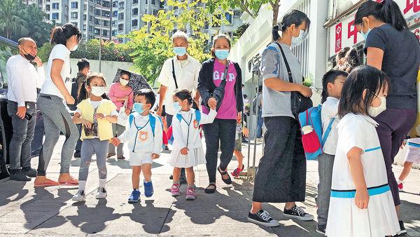 幼園停面授課14日 恐現退學潮 上呼吸道感染續爆 增至逾1900宗