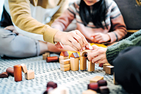 如何引導孩子在玩耍中成長?